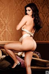 Kim Kardashian 01