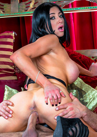 Porn Star Audrey Bitoni Getting Fucked In Mouth